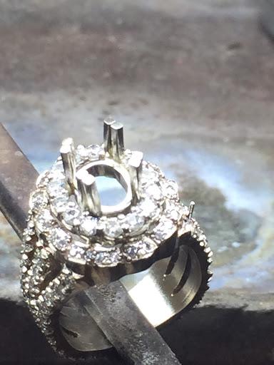 Orlando's Originals Custom & Repair Jeweler Spartanburg South Carolina
